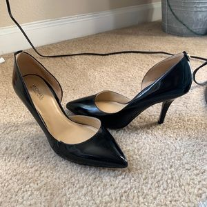 Michael kors pointy heels
